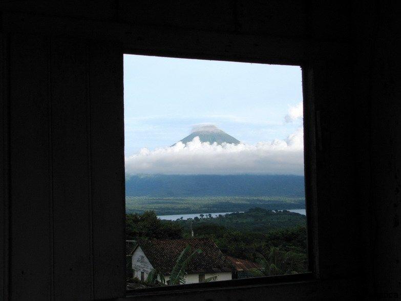 Výhled z okna sopka Concepción